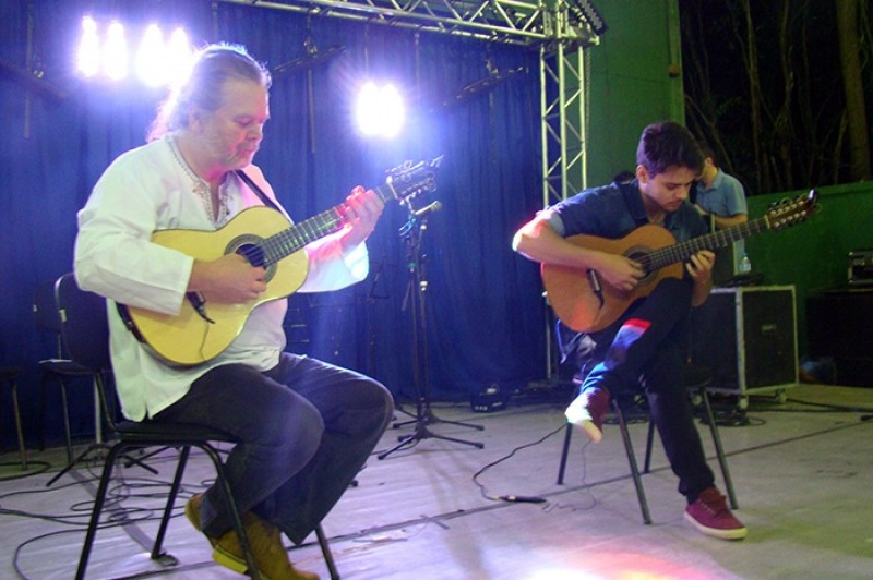 Apresentação de Rogerio Gulin e Victor Gulin (Foto: Prefeitura Municipal de Indaial)