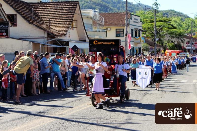 Desfile - Festa das Tradições 2017 - Benedito Novo